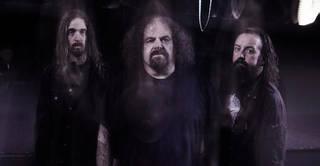 """NAPALM DEATHのシェーン・エンバリー、元SOILWORKで現MEGADETHのダーク・ヴェルビューレン等が参加している英メタル・バンド、TRONOSが""""Judas Cradle""""のMV公開"""
