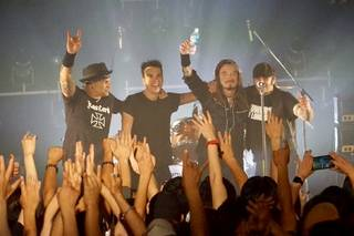 【速報】THE WiLDHEARTS来日公演、大阪初日の模様を公開