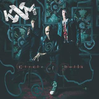 ジョージ・リンチ、KoRnのレイ・ルジアー、KING'S Xのダグ・ピニックによる3rd KXM『Circle Of Dolls』