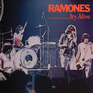 伝説のパンク・バンド40周年記念デラックス・エディション RAMONES『It's Alive (40th Anniversary Deluxe Edition)』