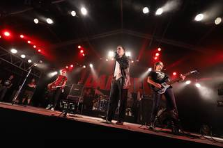 「Ladies And Gemtleman… How Do?」パンク・ロックの伝説が降臨 THE DAMNED『SUMMER SONIC2019 DAY.2』