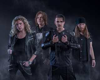 北欧メロディアス・ハードのスーパー・バンド、CROWNEがデビュー・シングルをリリース!