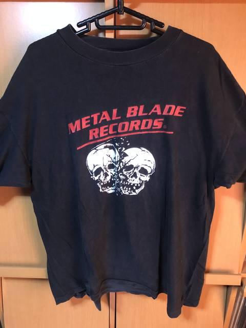 METAL BLADEのTシャツ。