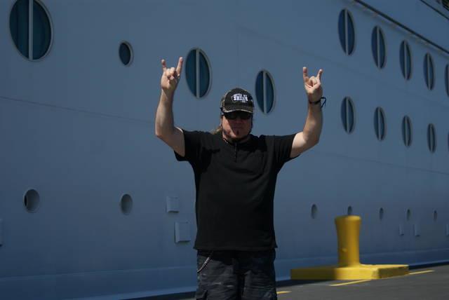 ハイチにやってきてご機嫌なドン・ヴァン・スタヴァンさん...
