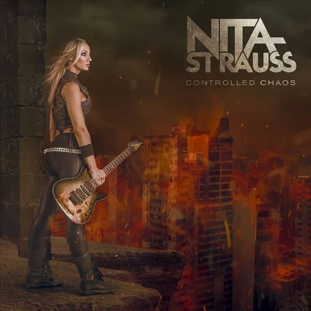 NITA STRAUSS / Controlled C...
