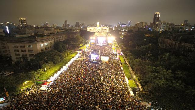 5万人の聴衆が集結した会場