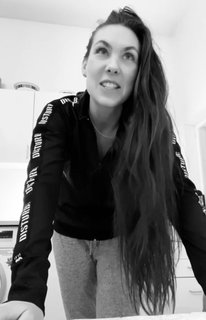 間一髪でデンマークに入国したAMARANTHEがレコーディングを開始!