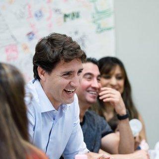 カナダのJustin Trudeau首相もNeil Peartに敬意を表す