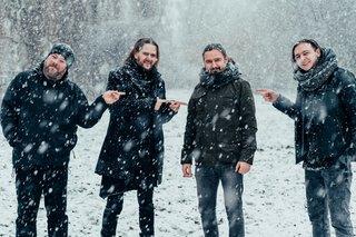 再び4人編成となったRIVERSIDEは春のツアー後に新作の制作を始める