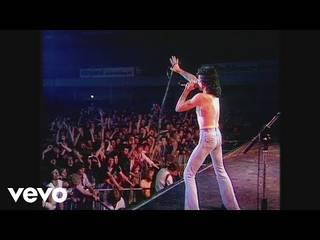 AC/DCが『Highway to Hell』40周年記念として79年TVパフォーマンス映像を公開