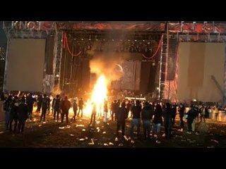 大混乱のKNOTFEST Mexico 2019、途中で中止に