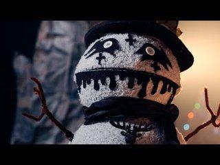 メタルな靴下人形劇で楽しいクリスマスを!