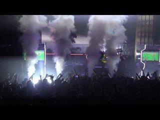 DRAGONFORCE米国ツアーでドラムの代役を務めるAquiles Priester(元ANGRA)のライブ映像