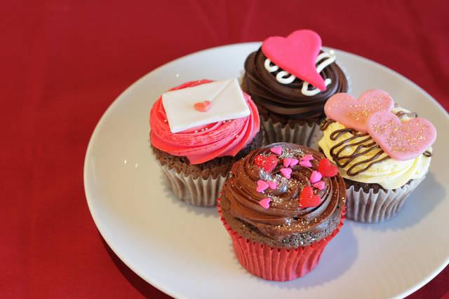 「ローラズ・カップケーキ 東京」バレンタイン・カップケーキを販売開始