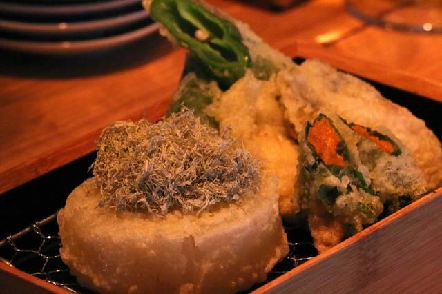 【soloDinner】白ワインと天ぷらの出会い。立ち飲み天ぷら「喜久や」に行ってきた。