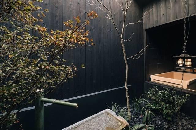 庭と檜風呂