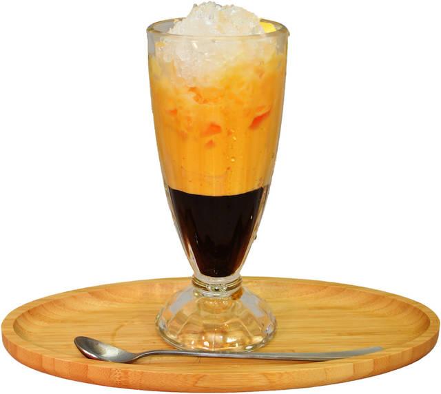 「エッグコーヒー(ICE)」520円(税込)
