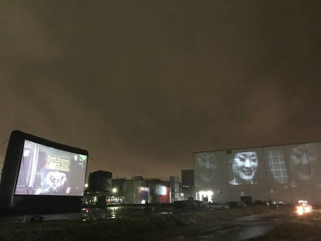 ロングビーチ Drive-in Theater