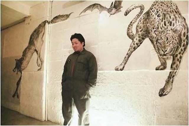 動物墨絵師 佐藤周作氏によるライブペイントを実施