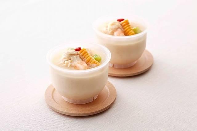 美濃吉「牛乳を使った冷製茶碗蒸し」648円(税込)