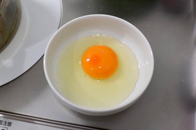 卵 烏骨鶏