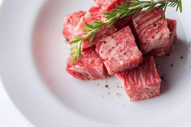 厳選された肉を最高の状態で提供する「焼肉 USHIDOKI TOKYO」