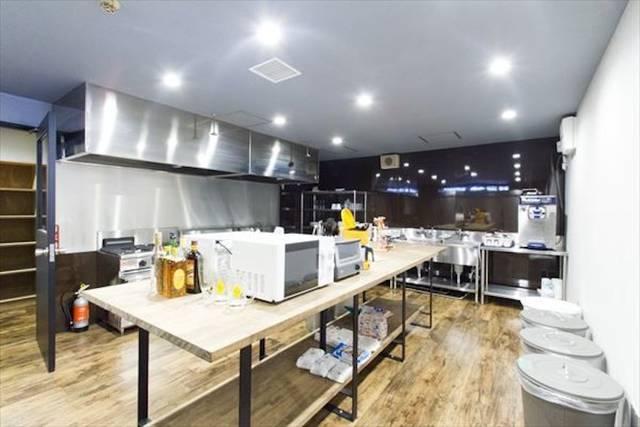 料理の幅が広がる大型キッチン