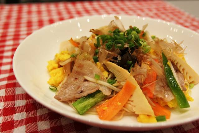日清フーズ「五目野菜と豚肉のそうめんチャンプルー」