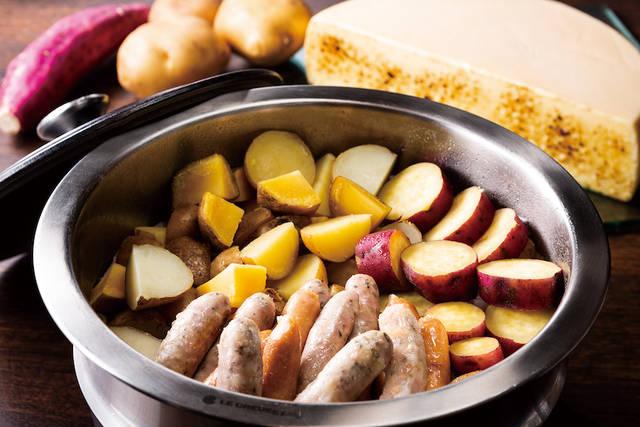 土・日・祝日限定ディナーメニュー「ラクレットチーズ・北海道ポテトとソーセージ」