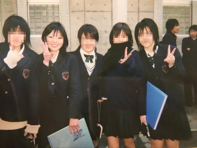 (左から2番目)デコメ、着うた(大塚愛のさくらんぼを愛...