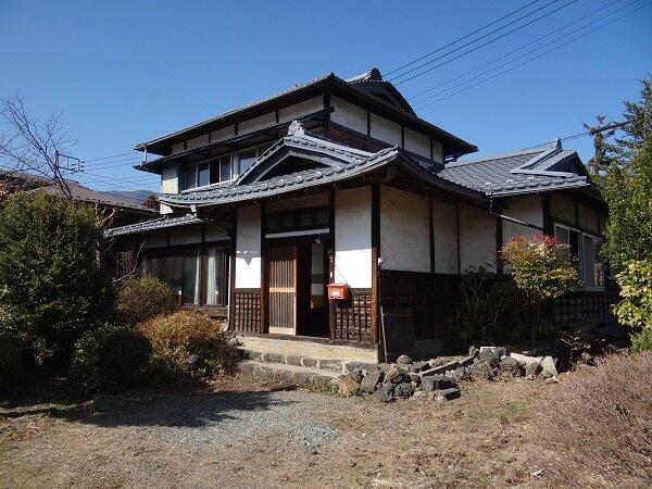 物件No.61 富士河口湖町小立 2階から富士山眺望可能な物件です