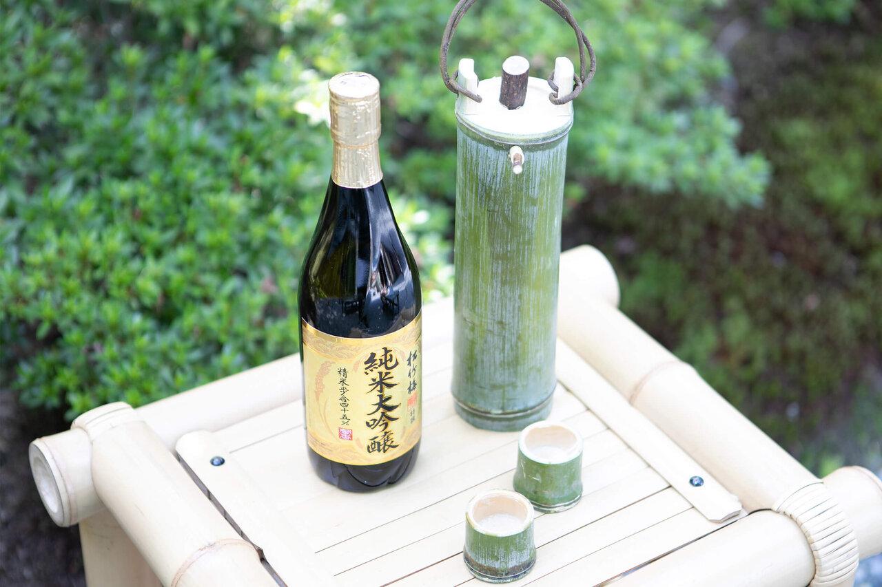目に舌に、喉に。涼を呼び込む「竹の酒器」の噺
