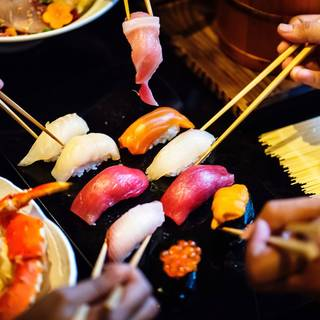 "Fresh Fish ""Sushi"" You Have To Try In Japan And About Fish Market"