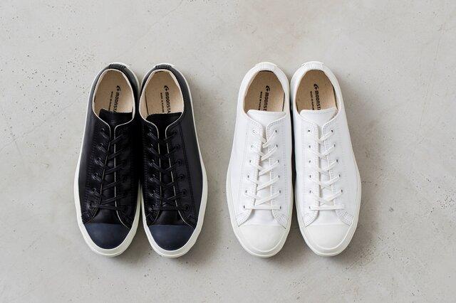 左:BLACK 右:WHITE