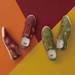 鳥取県の大山友禅染を採用「オニツカタイガー」ブランドの人気シリーズ「NIPPON MADE」から紅葉をモチーフにしたシューズが登場!|アシックスジャパン株式会社のプレスリリース