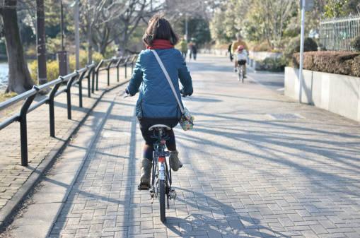 【女性に人気】買い物に出かける時は、自転車がオススメ