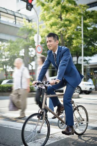自転車通勤で労災が下りるの?労災で認められる寄り道とは?
