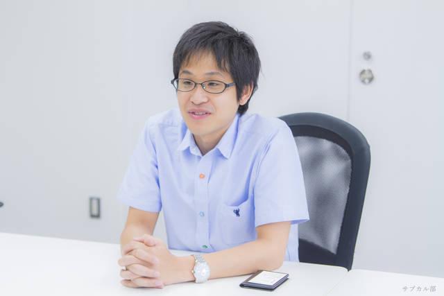 佐藤悠平・制作デスク