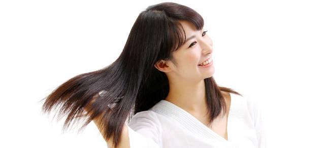 髪を傷める5つの原因!サラサラきれいな髪のためには。