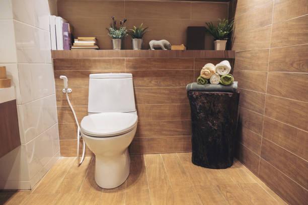 706934ef1639a トイレの収納をおしゃれに見せたい。手軽に雰囲気を変えちゃおう - とり ...