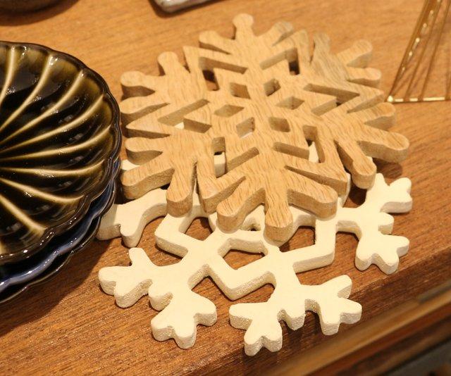 「雪の結晶コースター」 ¥880