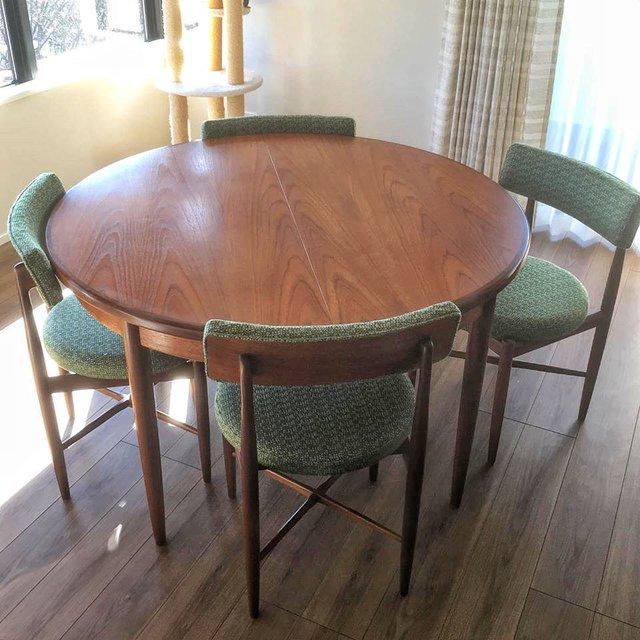 G-plan ラウンドテーブルと椅子4脚セット ¥349,800