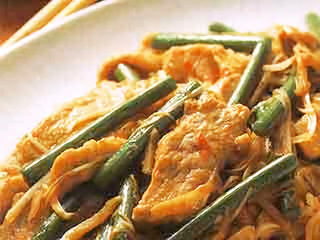 にんにくの茎と豚肉の炒め物