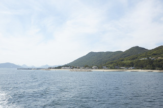 MEGIJIMA: ONIGASHIMA WITH CHERRY BLOSSOMS AND A SUPERB VIEW OF THE INLAND SEA