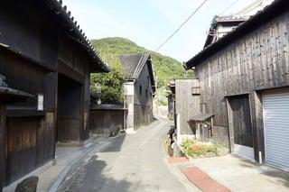 "SHODOSHIMA: ""HISHIO-NO-SATO"" TRADITIONAL SOY-SAUCE-MAKING HANDED DOWN FROM GENERATION TO GENERATION"