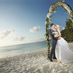 【夏の結婚式にオススメ】本当に似合うドレスを見つけるポイント!