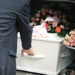 【意外と知られていない!】葬儀セレモニースタッフの仕事内容とは?