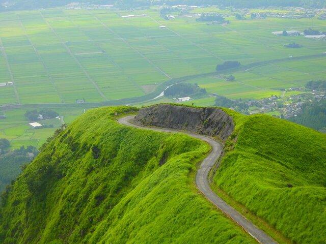 まさに天空の絶景!阿蘇ラピュタの道が美しすぎる! | 熊本県 | LINEトラベルjp 旅行ガイド (6951)