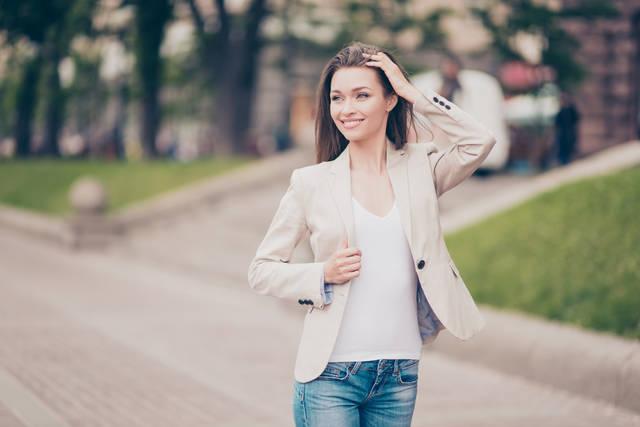 オフィスカジュアルのジャケットコーデ33選!大人の女性の着こなしとは?