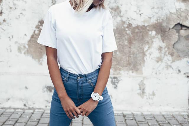 白Tシャツレディースブランドおすすめ10選!シンプルかつ上質な万能服を紹介!